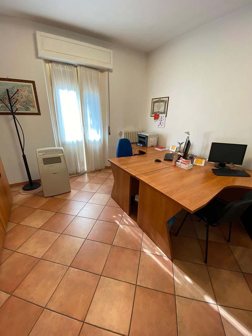 studio-legale-pesaresi-ufficio